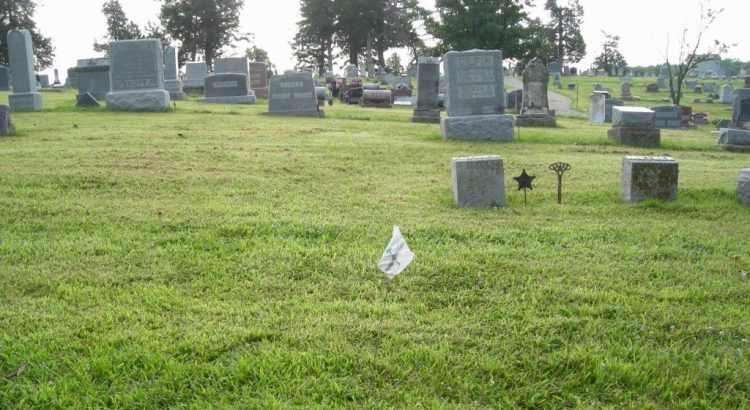 Moore - Charlie location in Winterset Cemetery
