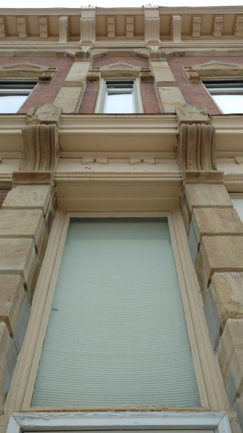 sidebar - Bevington block windows